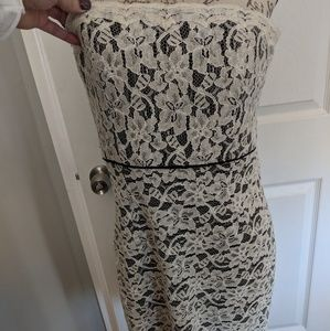 NWT DVF White Lace Over Black Strapless, sz 14